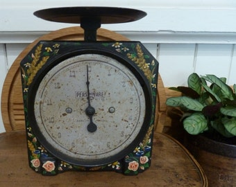 charming hand painted black kitchen scales / made in australia / rustic / vintage kitchen scales / farmhouse  / vintage kitchen / persinware