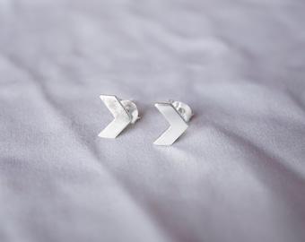 8 Mm Chevron Stud Earrings - Silver Chevron Studs - Chevron Earrings - Silver Chevron Studs - Minimal Earrings - Arrow Stud