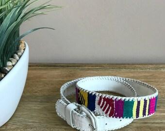 GORGEOUS Vintage 1980s White Leather Belt Woven Colourful Cotton Guatemala // Guatemalan Woven Belt White Leather SIZE 32 Medium