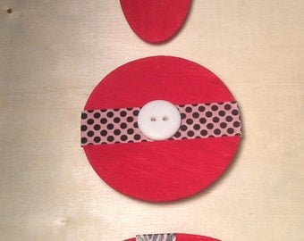 Set of 3 Red Wooden Magnets (11)