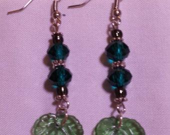 Cute green leaf earring