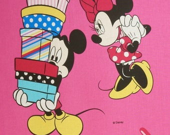 Cotton fabric: Minnie mouse, Daisy Duck on pink - Walt Disney license software