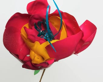 Funky colourful flower from upcycled plastic