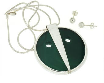 Kulibu, Sterling Silver and Green Agate Pendant with Earrings