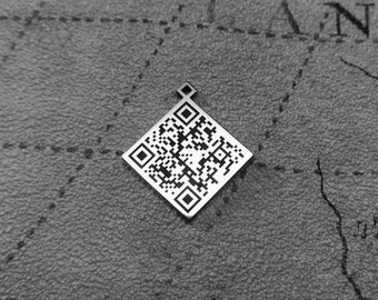 QR code sterling silver pendant, gift for her, QR Code Silver Necklace, Stearling Silver Jewelry,Secret Message Necklace