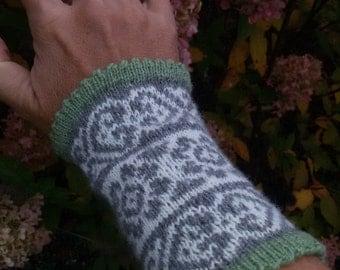 "Arm warmers, wrist warmers ""Linda"" fair isle"