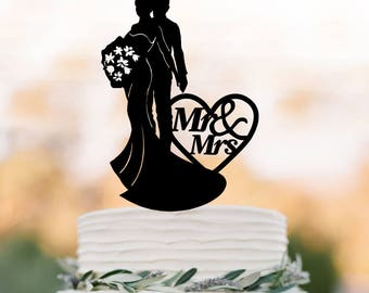 mr and mrs Wedding Cake topper with bride and groom silhouette