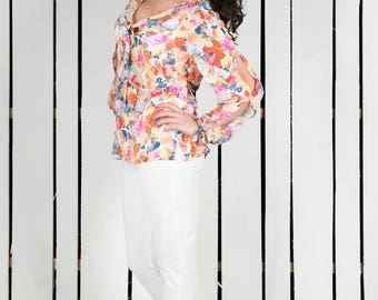 Floral top, boho top, chiffon top, summer top, summer blouse, floral blouse, chiffon blouse, plus size blouse, top with slit sleeves and tie