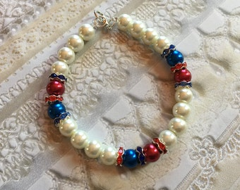 Red, White and Blue Patriotic Bracelet, 4th of July Jewelry, 4th of July Bracelet, Jewelry, Beaded Braceletgv