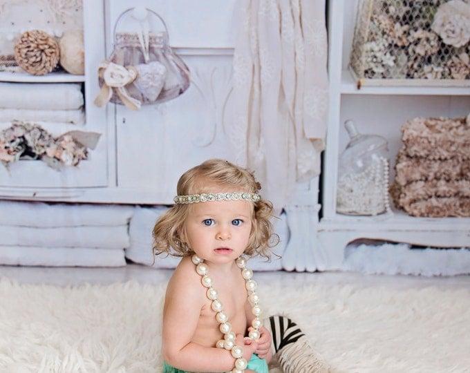 Baby Girls beige stripy leg warmers, ruffled bloomers, necklace, bracelet, headband; green and beige, baby photography prop, birthday outfit