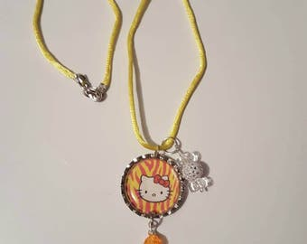 Bottle Cap necklace/kitty inspired/girls necklace