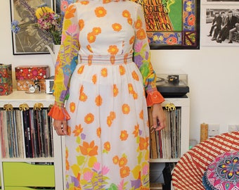 Vintage 60s 70s psychedelic floral maxi dress S