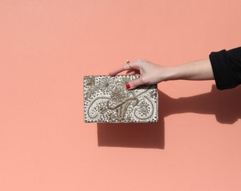 Vintage / Silver Silk Beaded Clutch