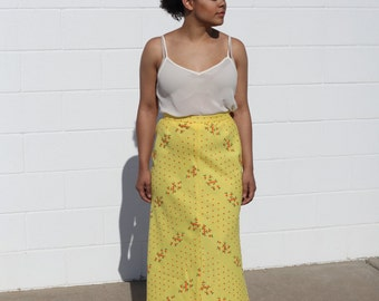 Vintage / Yellow Embroidered Maxi Skirt