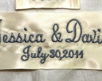 Personalized Wedding Dress Label with Name of Bride and Groom / Embroidered Wedding Gown Label / Wedding Gown Tag with Date / Something Blue