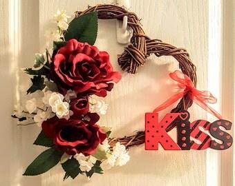 Valentine Kiss Wreath