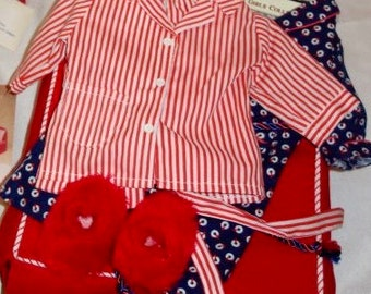 American Girl Doll Molly's Pajama's and Robe (RETIRED)