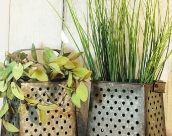 Vintage Kitchen planter, Galvanized Planter, Galvanize flower vase, fixer upper decor, Kitchen decor, Farmhouse kitchen, Farmhouse decor,