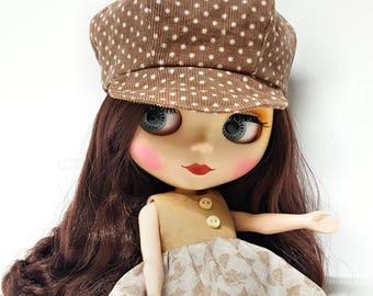 PEAKED BASEBALL CAP Brown Polka Dot for Blythe, Hat for Fashion Doll