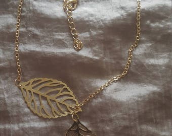 SILVER or GOLD Plated Necklace with 2 Intertwined Leaves