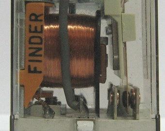 Industrial Relay Finder 110Vac model 55.12