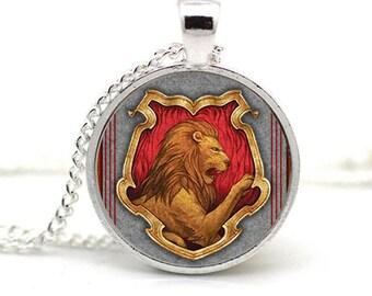 House Crest Necklace Gryffindor