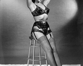 BETTIE PAGE PHOTO #22