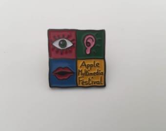 Apple Multimedia Festival vintage 90's original pin badge Macintosh VERY RARE!