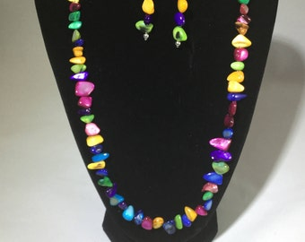 Colorful Necklace with matching Earrings and Bracelet