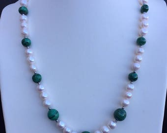 Malachite & freshwater pearl necklace