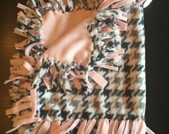 Fleece security baby blanket, fleece tie blanket, baby blanket
