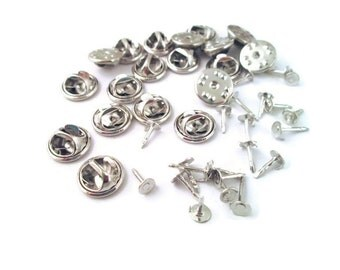 25 silver plated tie tacks with clasps 5mm, B68