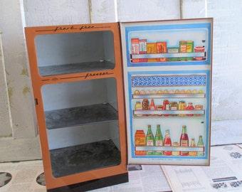 Vintage Tin Toy Wolverine Refrigerator