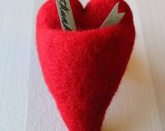 HEART POCKETS Needle Felting Kit