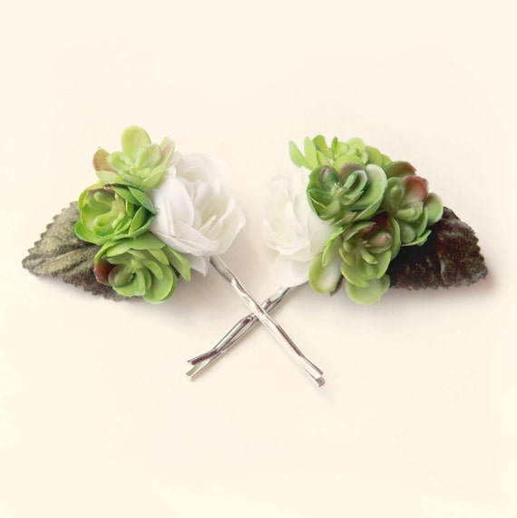 Succulent hair clip, Boho wedding accessory, Succulent wedding, Bridal hair pins, White ranunculus and succulents, Bridal bobby pins