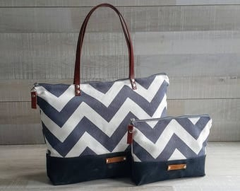 Zippered Chevron Tote Bag, EXPRESS SHIPPING, Tote Diaper Bag, Leather Straps, Summer Beach Bag, Nautical Bag, Handbag, Canvas, Laptop Bag