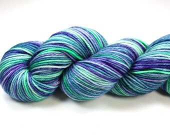 Waikiki--hand dyed DK weight yarn, Superwash Merino (250yds/115gm)