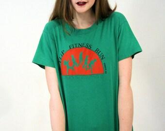 80s Fitness Run T-shirt, Hanover NH Fitness Athletic T-shirt, Green Runner's T-shirt, Flip Fitness Run Marathon Tshirt, M