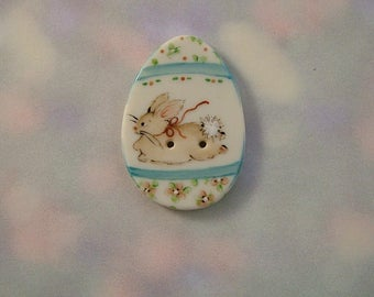 Bunny Run Egg Button