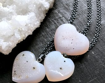 druzy heart necklace, agate necklace, stone heart necklace, white druzy, stone heart, drusy necklace