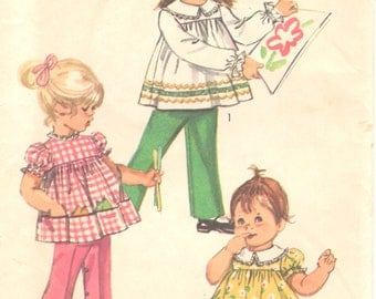 1970s  Simplicity 9090  Toddlers Smock Top Pants and Bloomers Pattern Girls Vintage Sewing Pattern Size 1 Breast  20