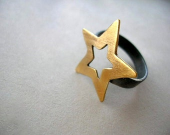 Star Ring, Falling star 24k gold plated and oxidized sterling silver ring. Boho Ring