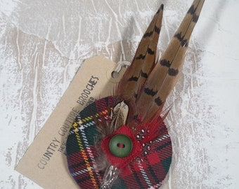 "Tartan and feather brooch ""Morag"" (can be made in other tartans)"