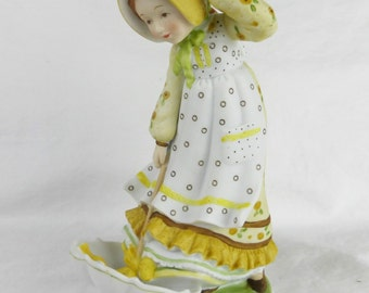Vintage Windy Weather Limited Edition Holly Hobbie porcelain figurine 1979