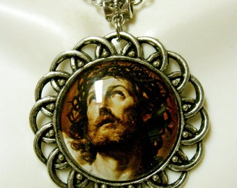 Christ pendant and chain - AP26-036 - 50% OFF