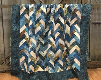 Quilt Twin Blue Barn/Snowbird Braided HANDMADE Patchwork Quilt Laundry Basket Quilts Moda Blue Navy Cream 68x90""