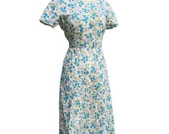 Vintage 50s Novelty Print Blueberries Cotton Day Dress 36 bust  28 waist 1950s Rockabilly