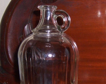 Hazel Atlas Glass Cruet Vinegar or Oil, Vintage One Quart Bottle, Handle and Spout, Ribbed Clear Glass
