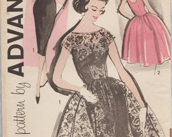 Advance 9584 / Vintage Sewing Pattern / Evening Dress / Size 14 Bust 34
