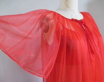 Peignoir Set Tomato Red Full Length Gown and Robe Slumber Suzy Nylon 1970's